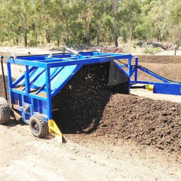 True Blue Compost Turner